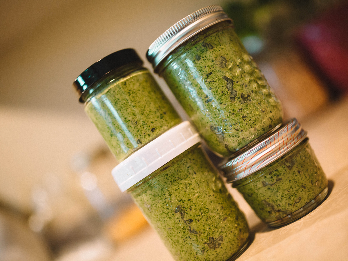 Vegan batch cooking pesto
