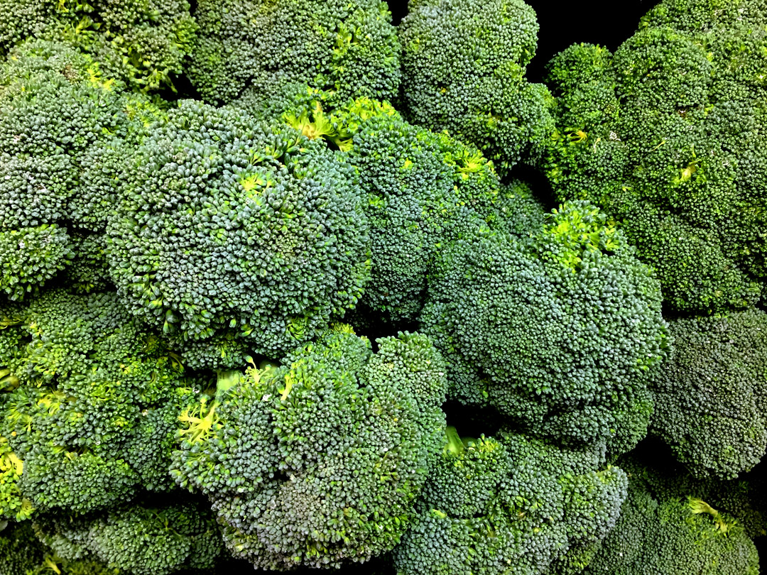 How to eat more greens and cruciferous vegetables - Broccoli