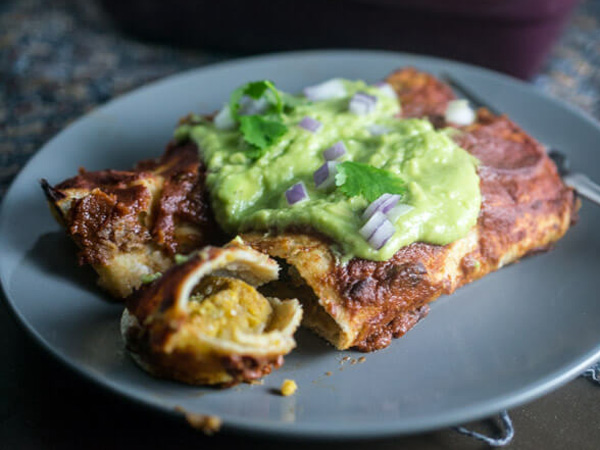 Vegan batch cooking recipes Yup it's vegan Chickpea scramble breakfast enchiladas