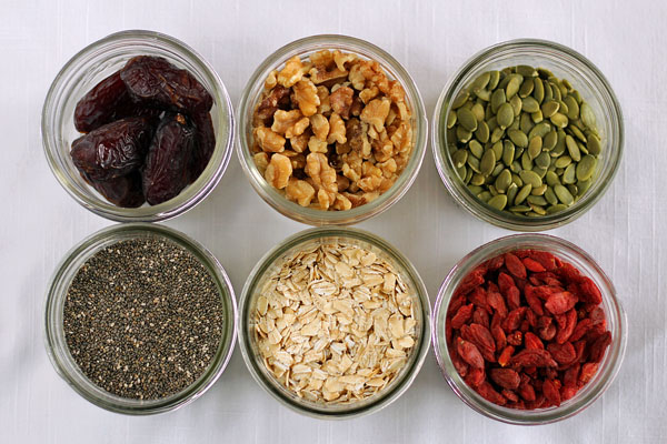 Vegan overnight oats batch prep - Favorite ingredients