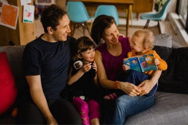 Vegan with family - Transition - Family on couch