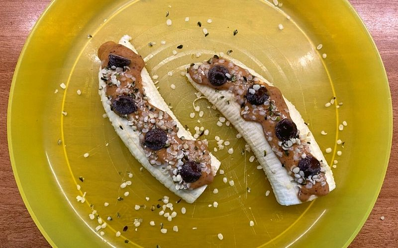 What I eat in a day as a vegan - Banana sushi
