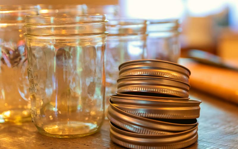 Straight-wall mason jars - Plant-based pantry organization